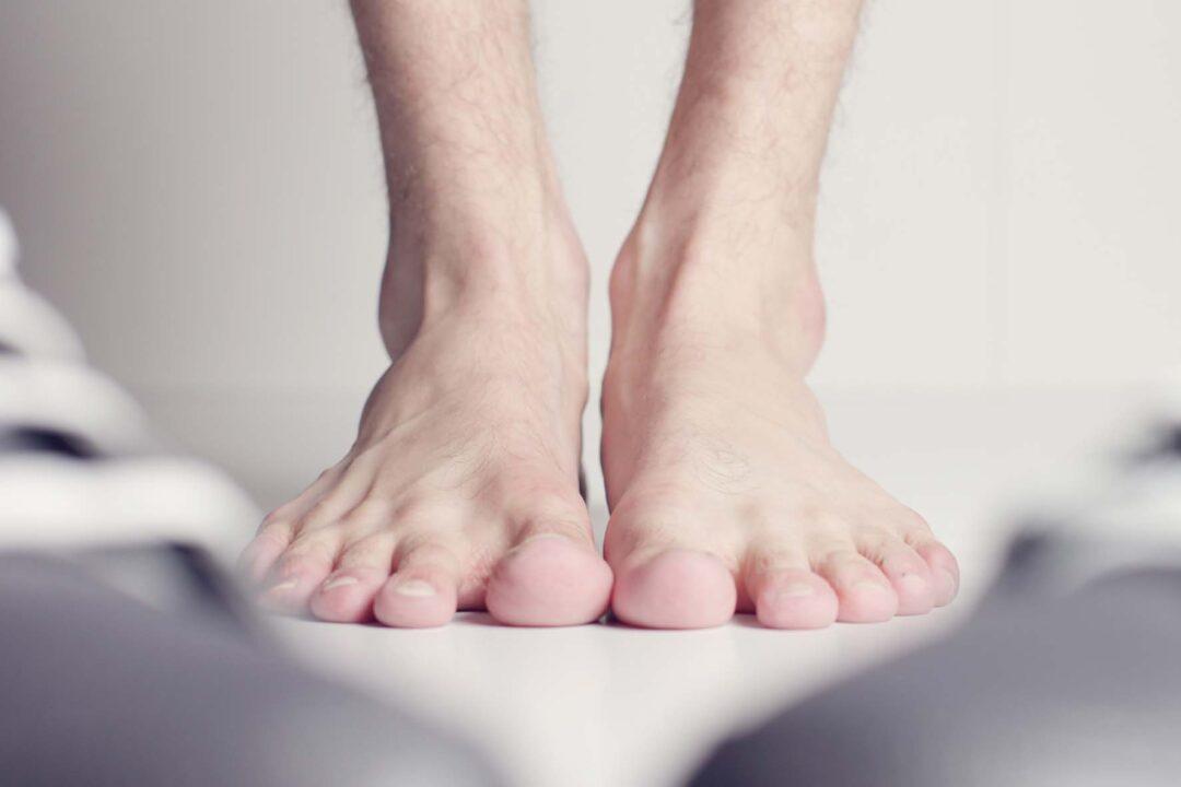 Cuidar los pies en Semana Santa